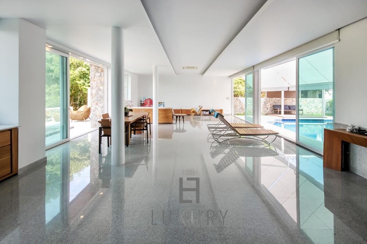 Luxury Hua Hin Property Agency's 4 Bedroom Beach Pool Villa In Cha Am  8