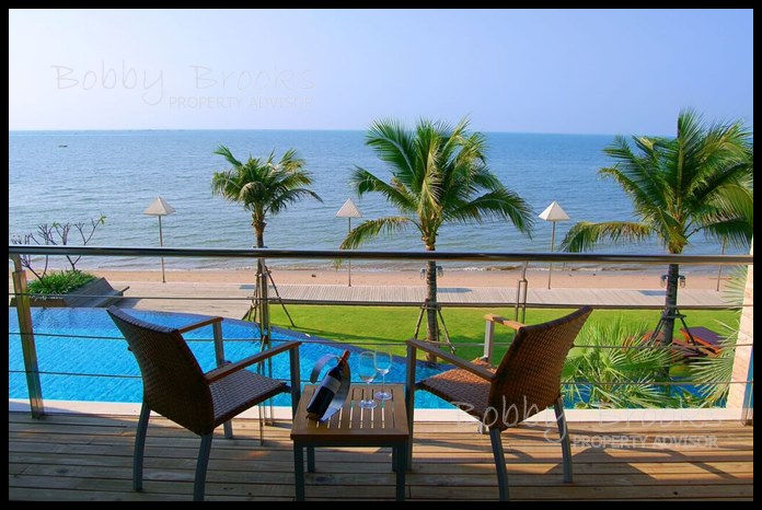 Bobby Brooks Property Agency's Exclusive Beachfront Condo 2 Bed 2 Bath for Sale North Pattaya (Naklua) 13