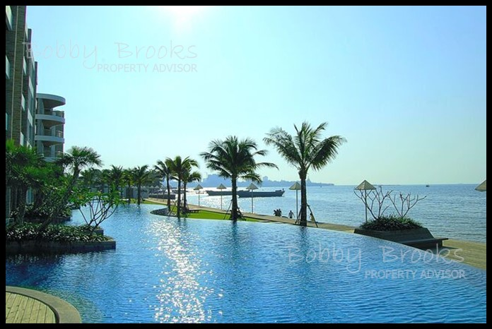 Bobby Brooks Property Agency's Exclusive Beachfront Condo 2 Bed 2 Bath for Sale North Pattaya (Naklua) 14