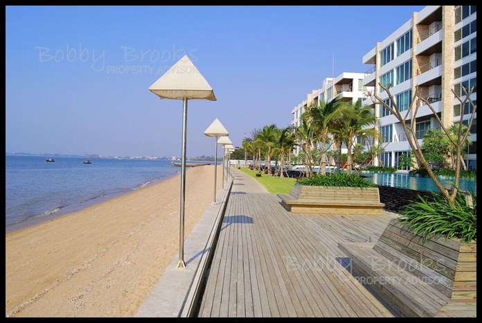 Bobby Brooks Property Agency's Exclusive Beachfront Condo 2 Bed 2 Bath for Sale North Pattaya (Naklua) 15