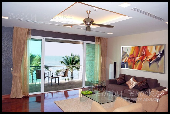 Bobby Brooks Property Agency's Exclusive Beachfront Condo 2 Bed 2 Bath for Sale North Pattaya (Naklua) 2