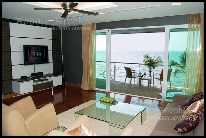 Bobby Brooks Property Agency's Exclusive Beachfront Condo 2 Bed 2 Bath for Sale North Pattaya (Naklua) 3