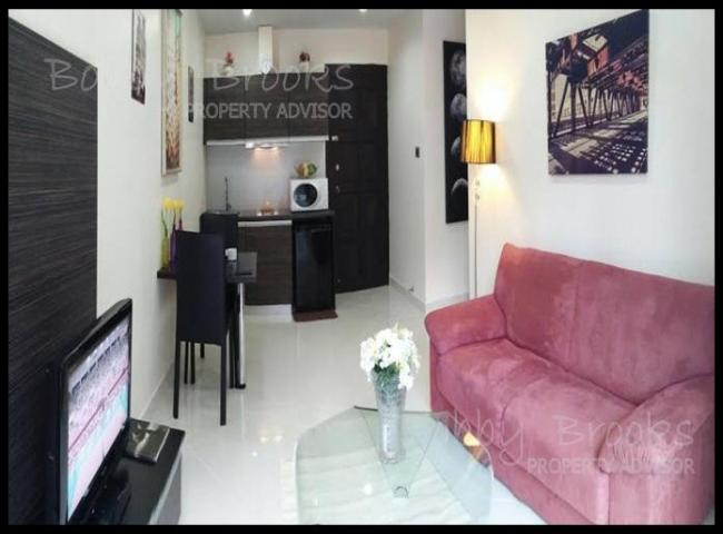 Bobby Brooks Property Agency's Condo 1 Bed-1 Bath For Sale in Jomtien at Park Lane Resort 2