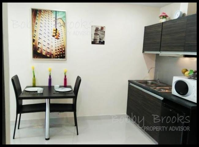 Bobby Brooks Property Agency's Condo 1 Bed-1 Bath For Sale in Jomtien at Park Lane Resort 3