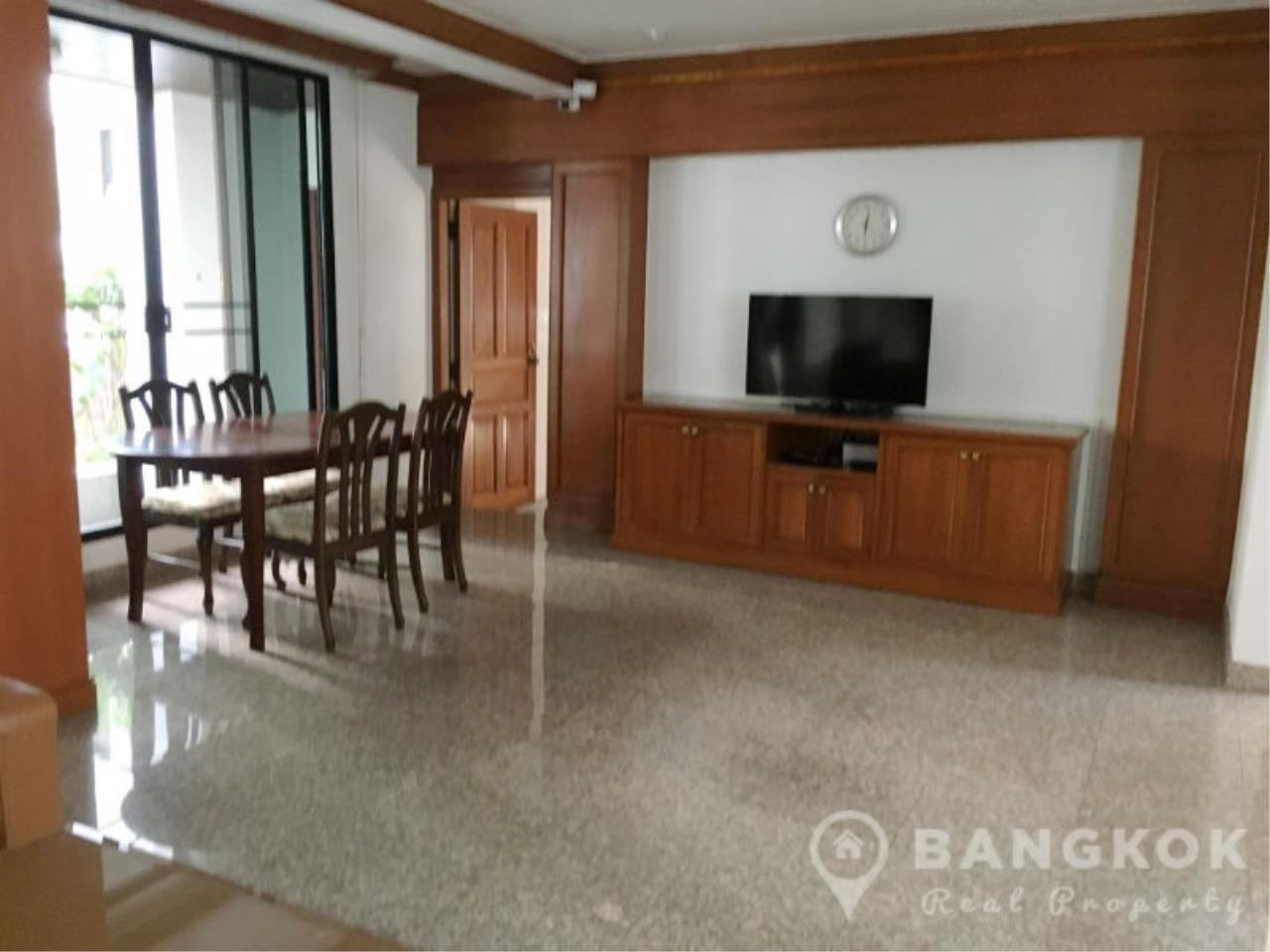 Bangkok Real Property Agency's Detached Spacious 3 + 1 Bed 3 Bath house with Garden in Nana  3