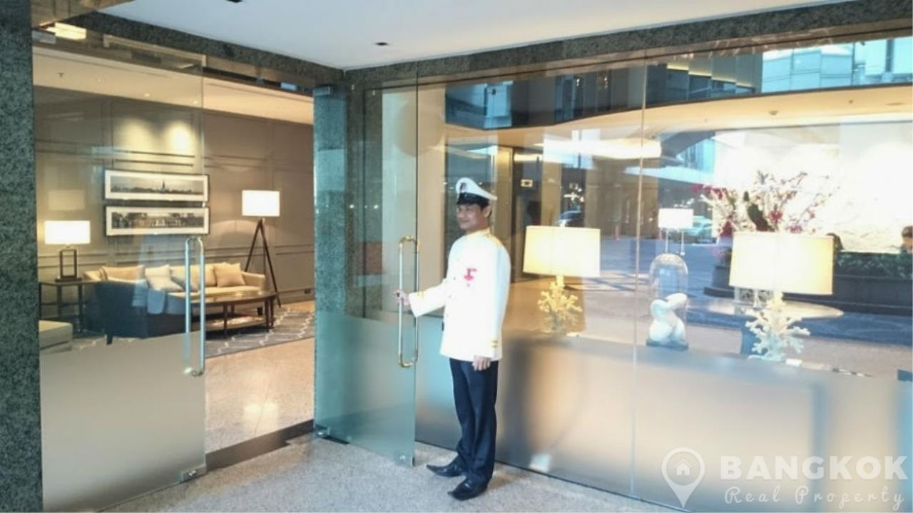 Bangkok Real Property Agency's President Place Chidlom | Superb Very Spacious 1 Bed at BTS 16