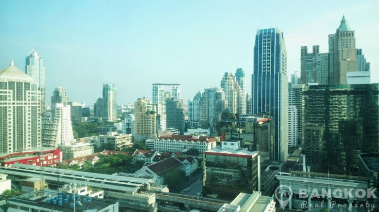 Bangkok Real Property Agency's President Place Chidlom | Superb Very Spacious 1 Bed at BTS 7