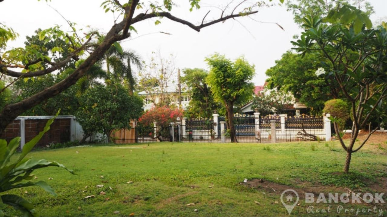 Bangkok Real Property Agency's Renovated Detached 4 Bed 5 Bath Laddawan Srinakarin House 23