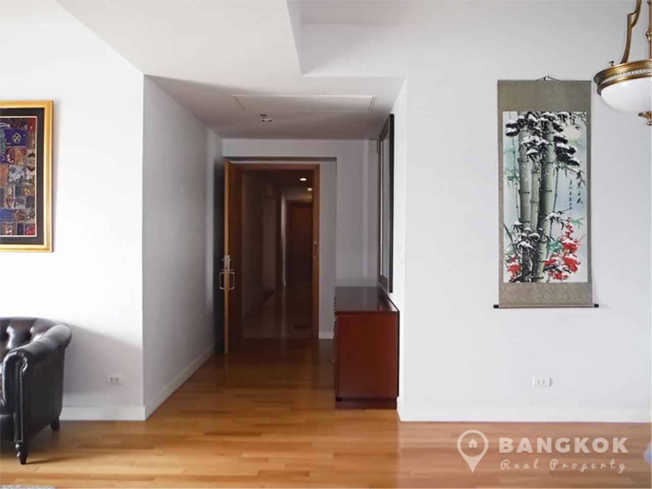 Bangkok Real Property Agency's Millennium Residence | Spacious Modern 3 Bed 3 Bath near Asoke 5