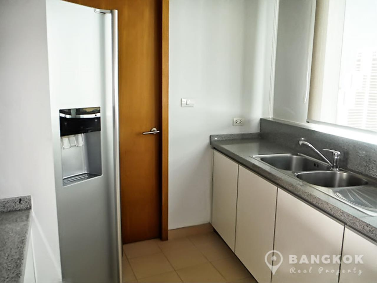 Bangkok Real Property Agency's Millennium Residence | Spacious Modern 3 Bed 3 Bath near Asoke 8