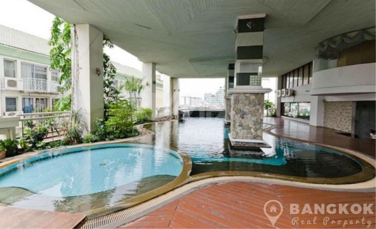 Bangkok Real Property Agency's The Waterford Diamond | Spacious Furnished 2 Bed 2 Bath near BTS 11
