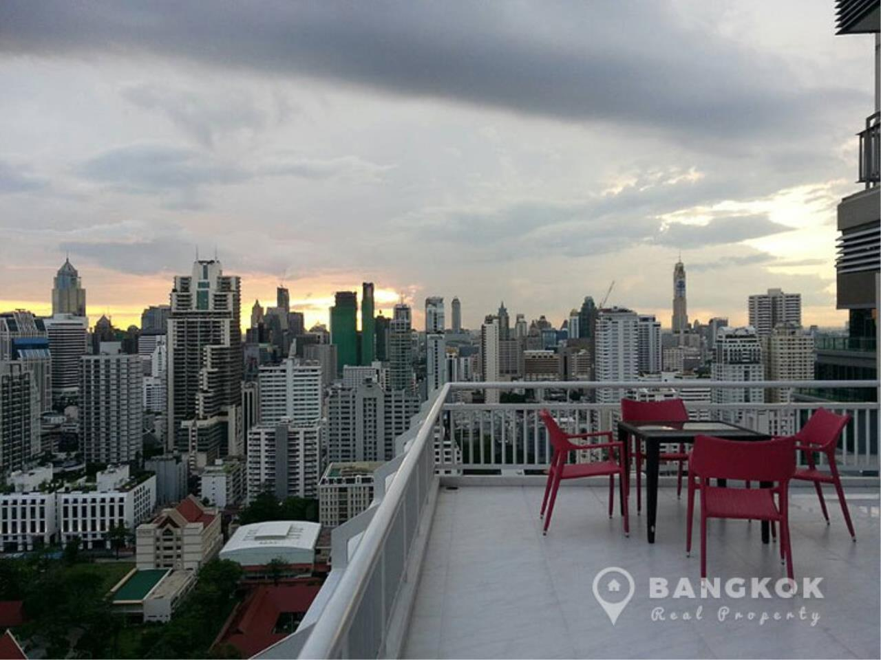 Bangkok Real Property Agency's Grand Parkview Asoke | Spacious 2 Bed 1 Bath Penthouse with Terrace 1