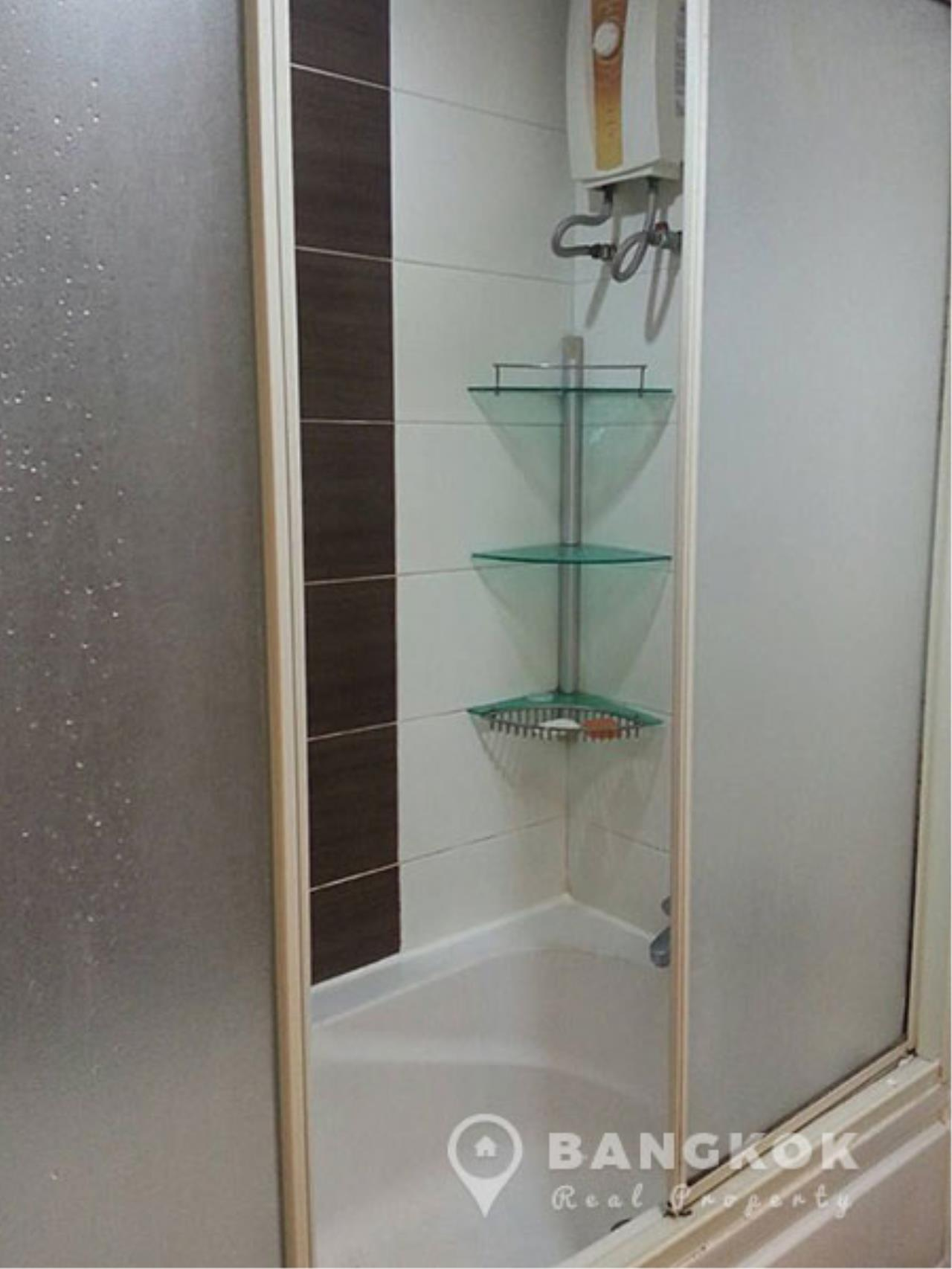 Bangkok Real Property Agency's Grand Parkview Asoke   Spacious 2 Bed 1 Bath Penthouse with Terrace 4