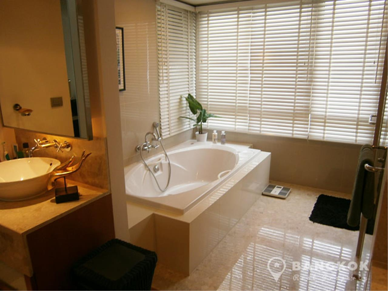 Bangkok Real Property Agency's Ficus Lane | A Fabulous Spacious 3 Bed 4 Bath Duplex near BTS 27