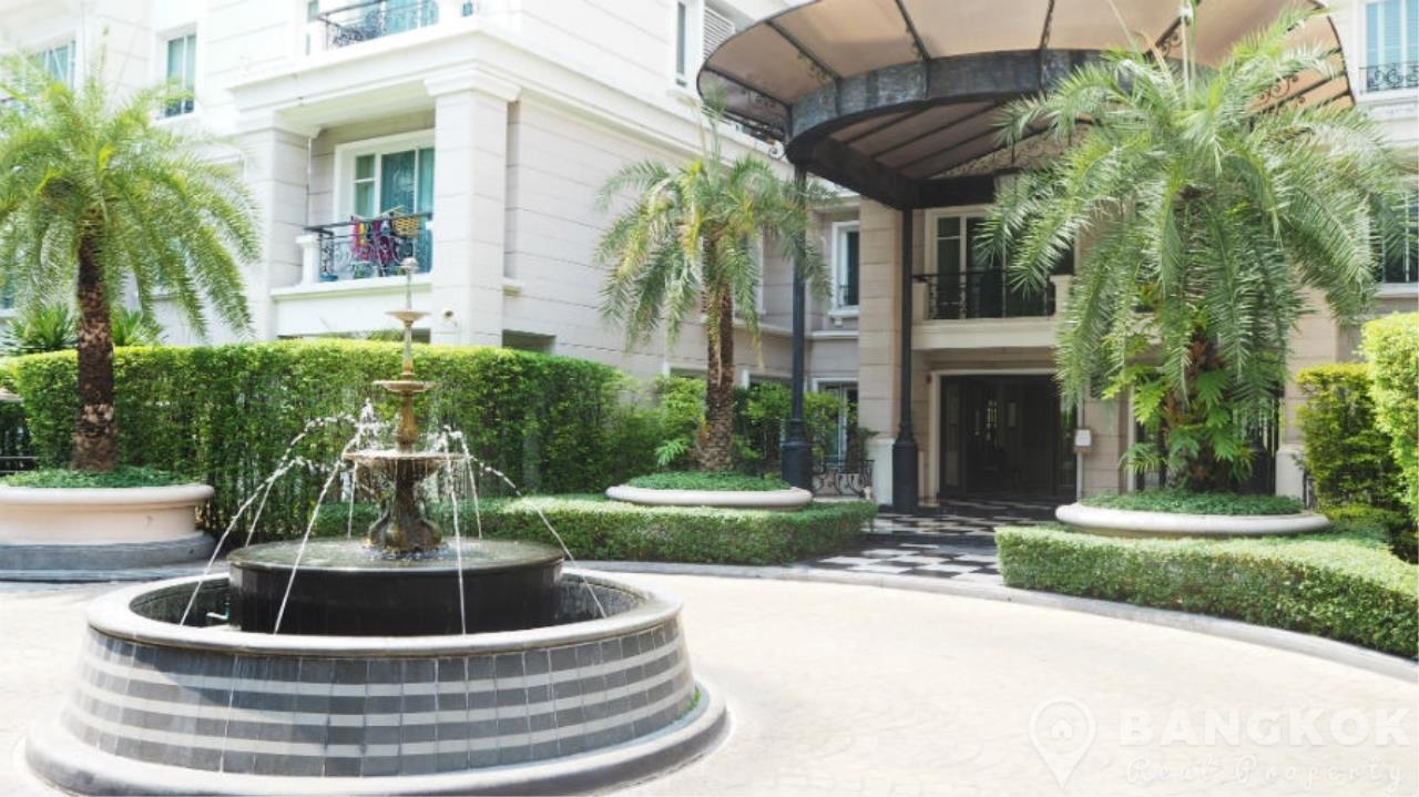 Bangkok Real Property Agency's La Vie En Rose Place | Spacious Modern 3 Bed near BTS 1