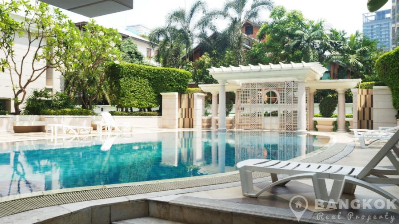 Bangkok Real Property Agency's La Vie En Rose Place | Spacious Modern 3 Bed near BTS 8
