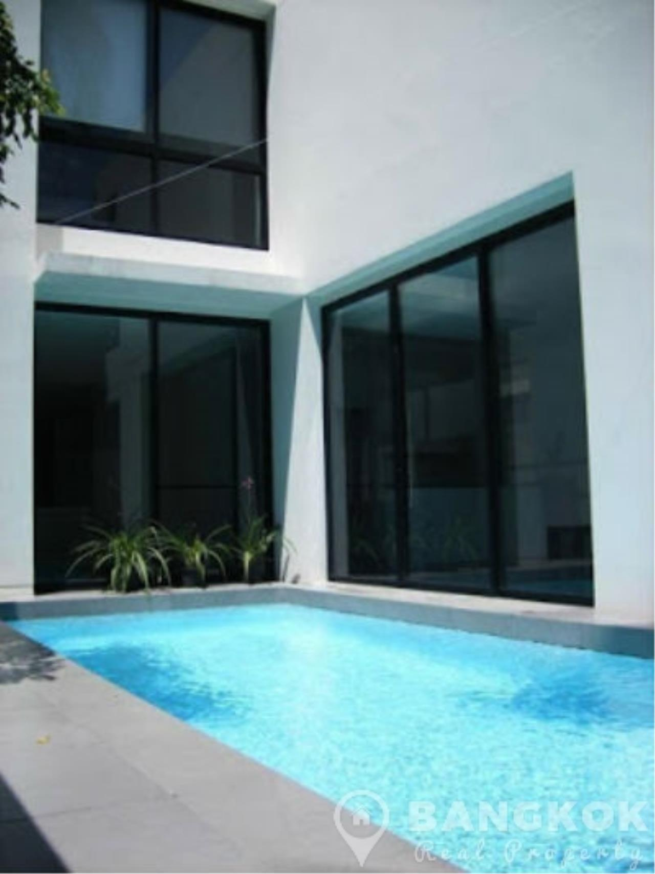Bangkok Real Property Agency's Modern Detached 4 Bed Thonglor House with Private Pool 1