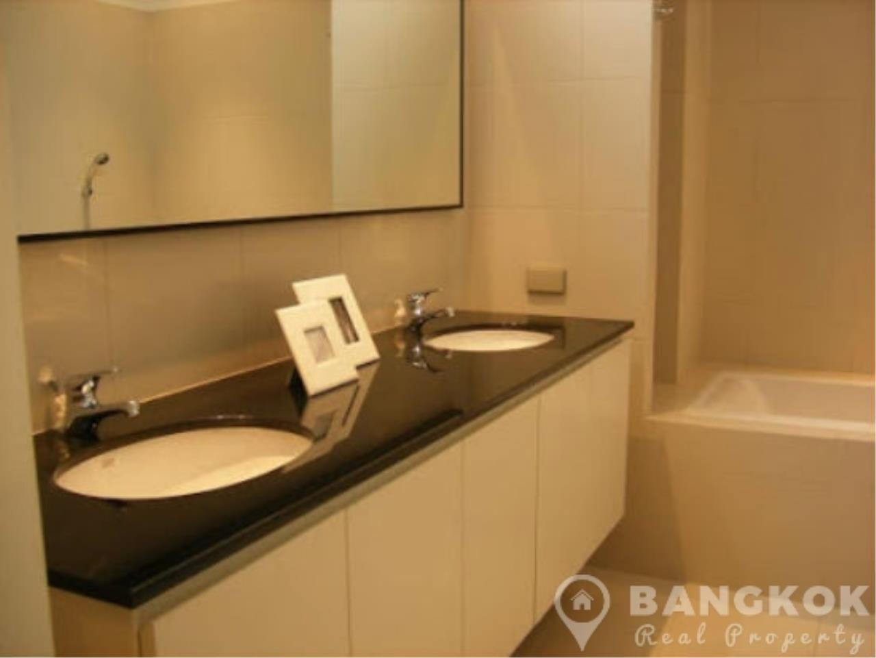 Bangkok Real Property Agency's Modern Detached 4 Bed Thonglor House with Private Pool 8