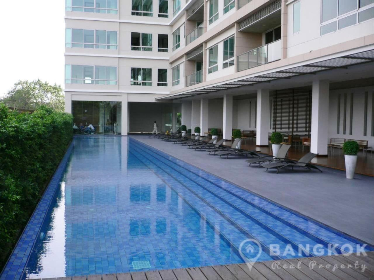 Bangkok Real Property Agency's The Lofts Yenakart | Bright Modern 2 Bed 2 Bath with Large Balcony 13