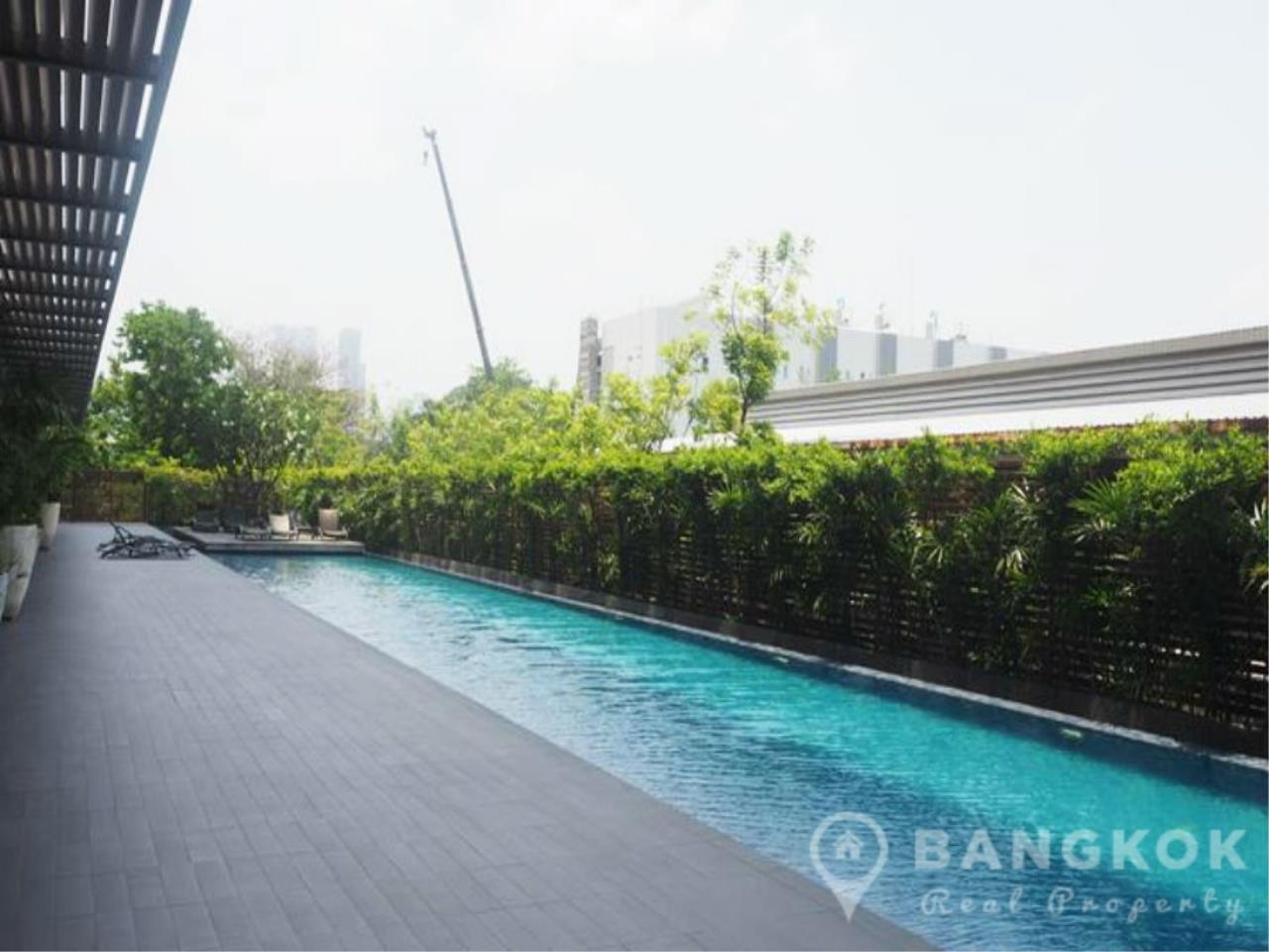 Bangkok Real Property Agency's The Lofts Yenakart | Bright Modern 2 Bed 2 Bath with Large Balcony 14