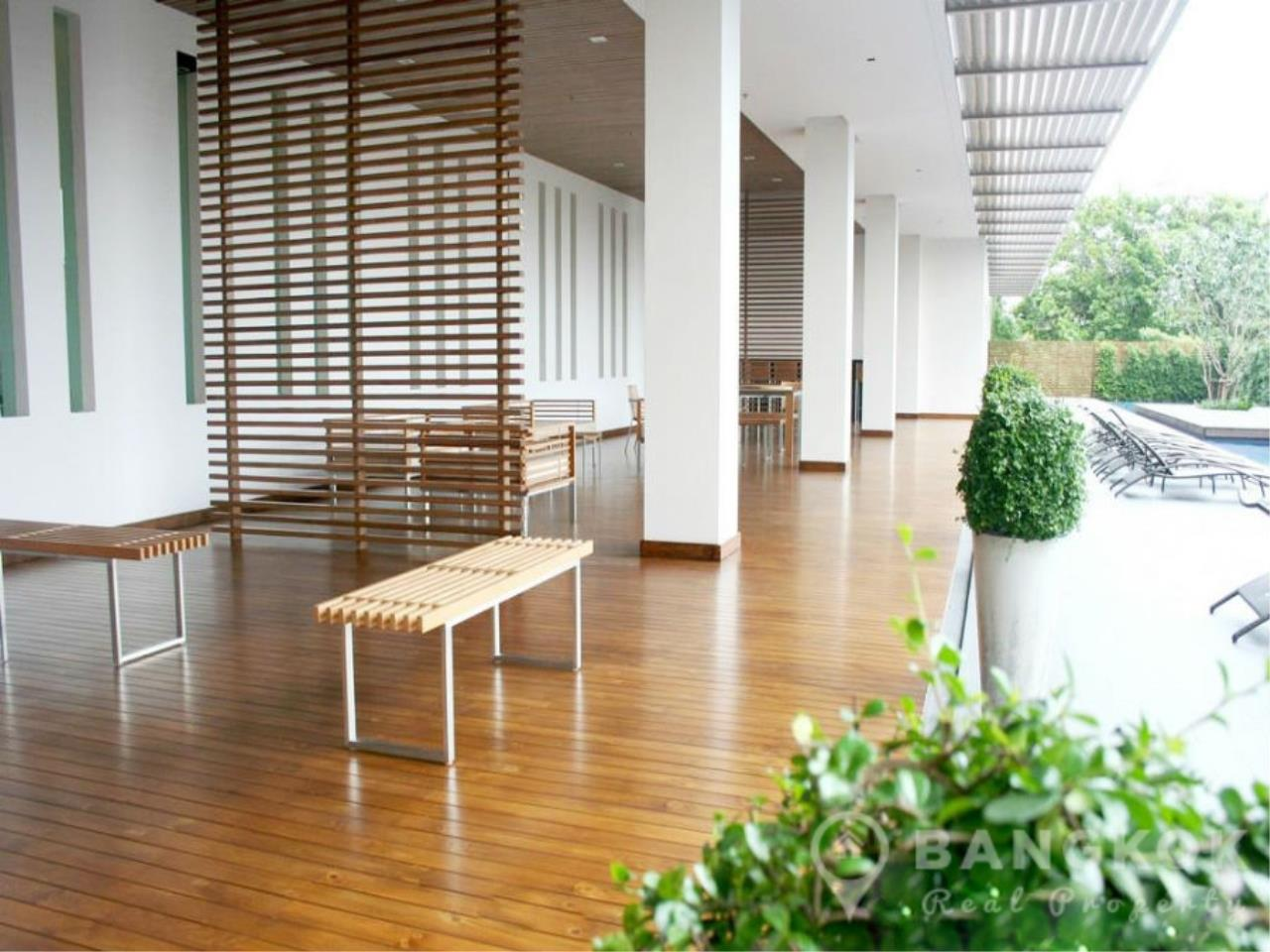Bangkok Real Property Agency's The Lofts Yenakart | Bright Modern 2 Bed 2 Bath with Large Balcony 15