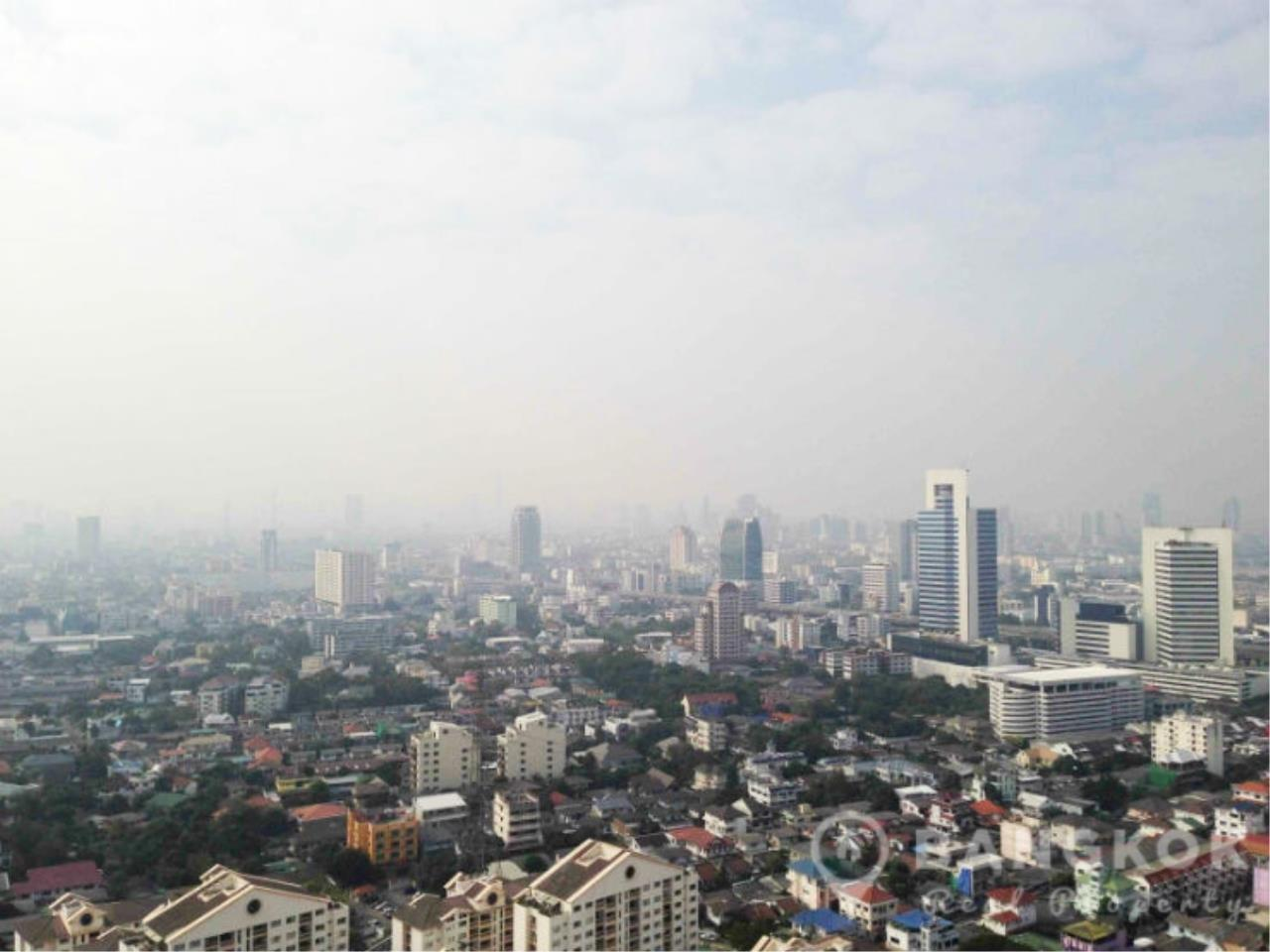 Bangkok Real Property Agency's Issara Ladprao | Stylish High Floor Studio with Stunning Views 6