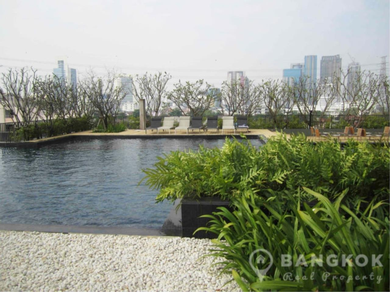 Bangkok Real Property Agency's Issara Ladprao | Stylish High Floor Studio with Stunning Views 13