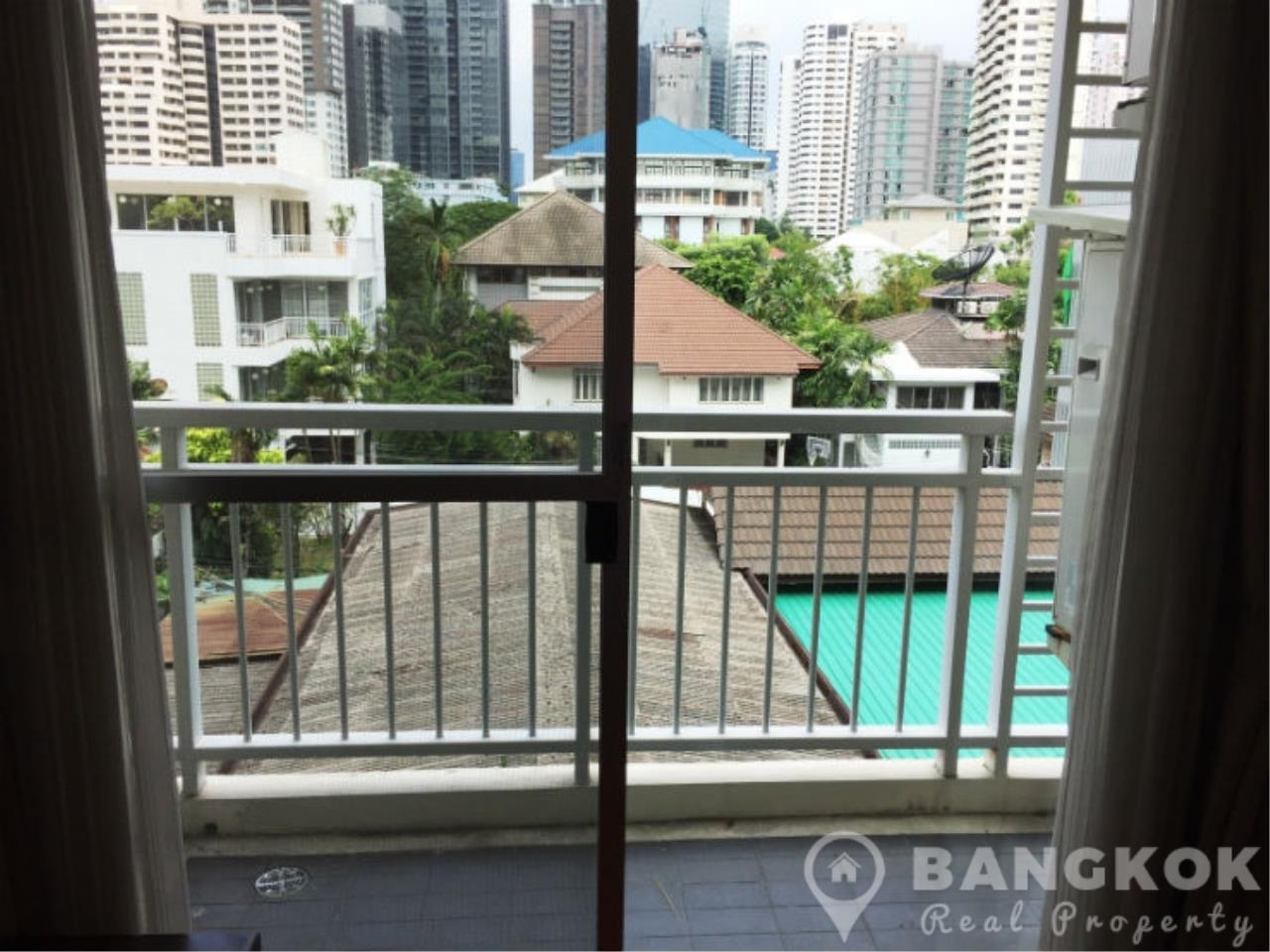 Bangkok Real Property Agency's 49 Plus | Spacious High Floor 1 Bed 1 Bath in Thonglor 6
