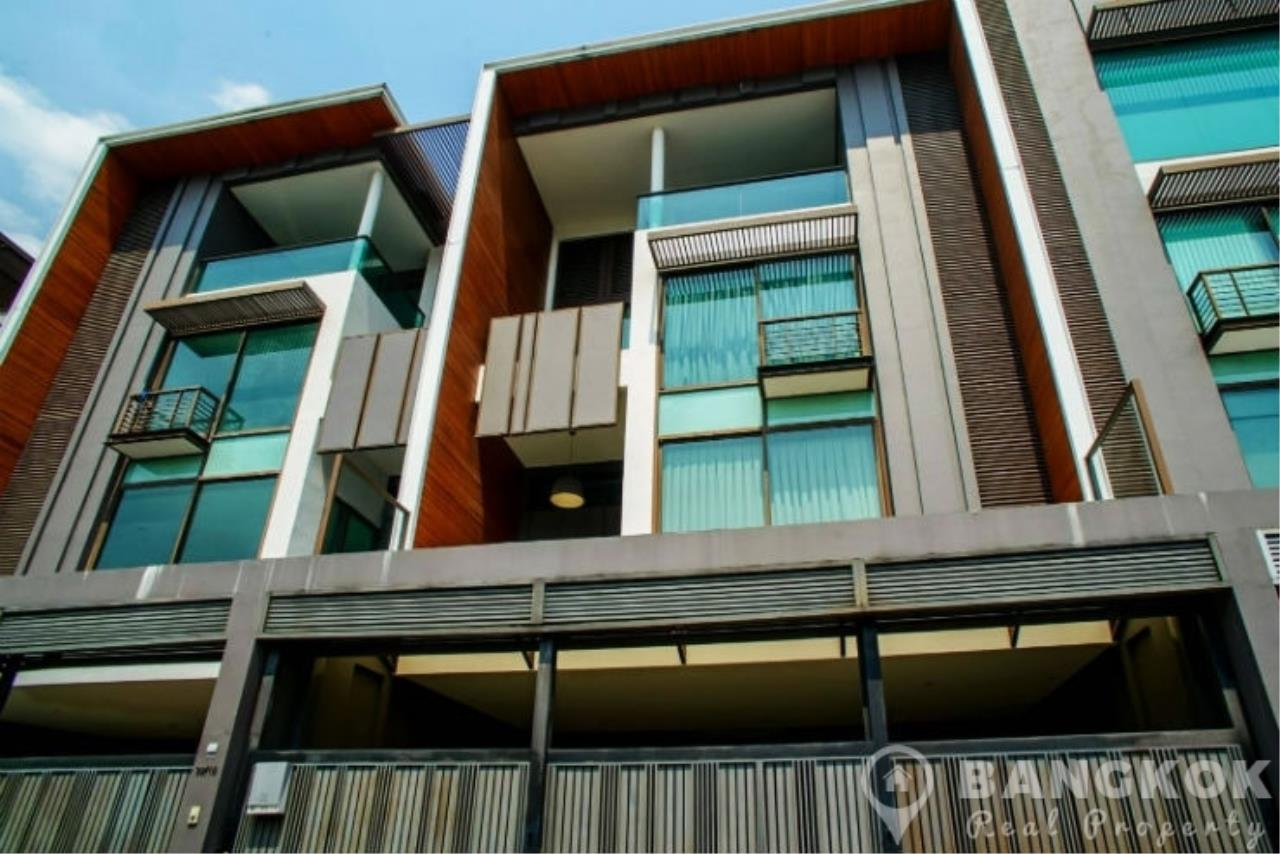 Bangkok Real Property Agency's Stunning Luxury 4 Bed 5 Bath Ekkamai Townhouse near BTS 1