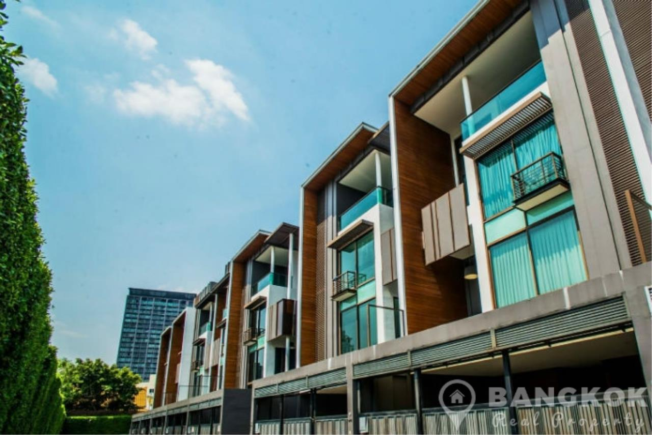 Bangkok Real Property Agency's Stunning Luxury 4 Bed 5 Bath Ekkamai Townhouse near BTS 2