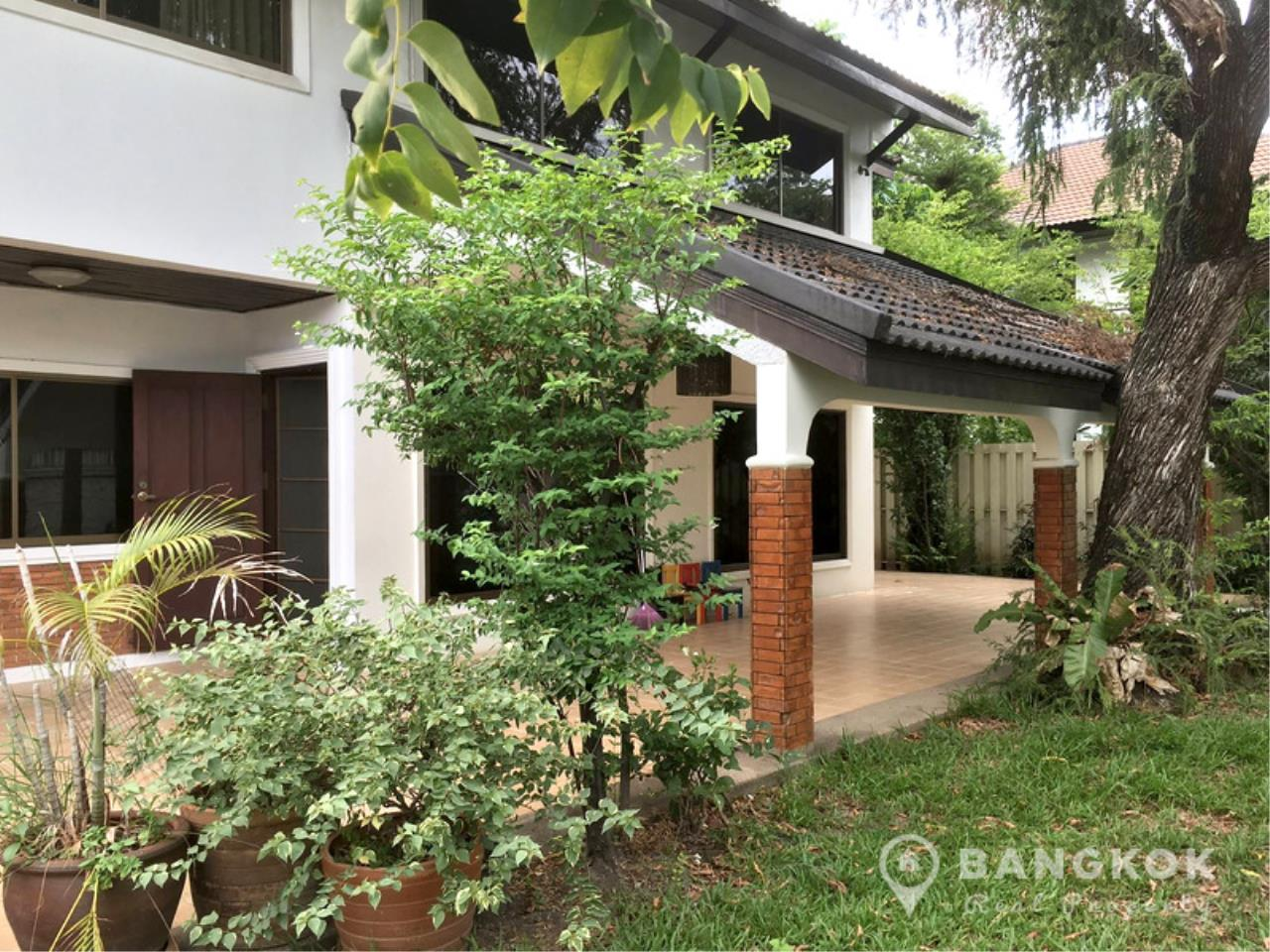 Bangkok Real Property Agency's Detached Spacious 3 Bed 3 Bath house with Garden in Thonglor  1