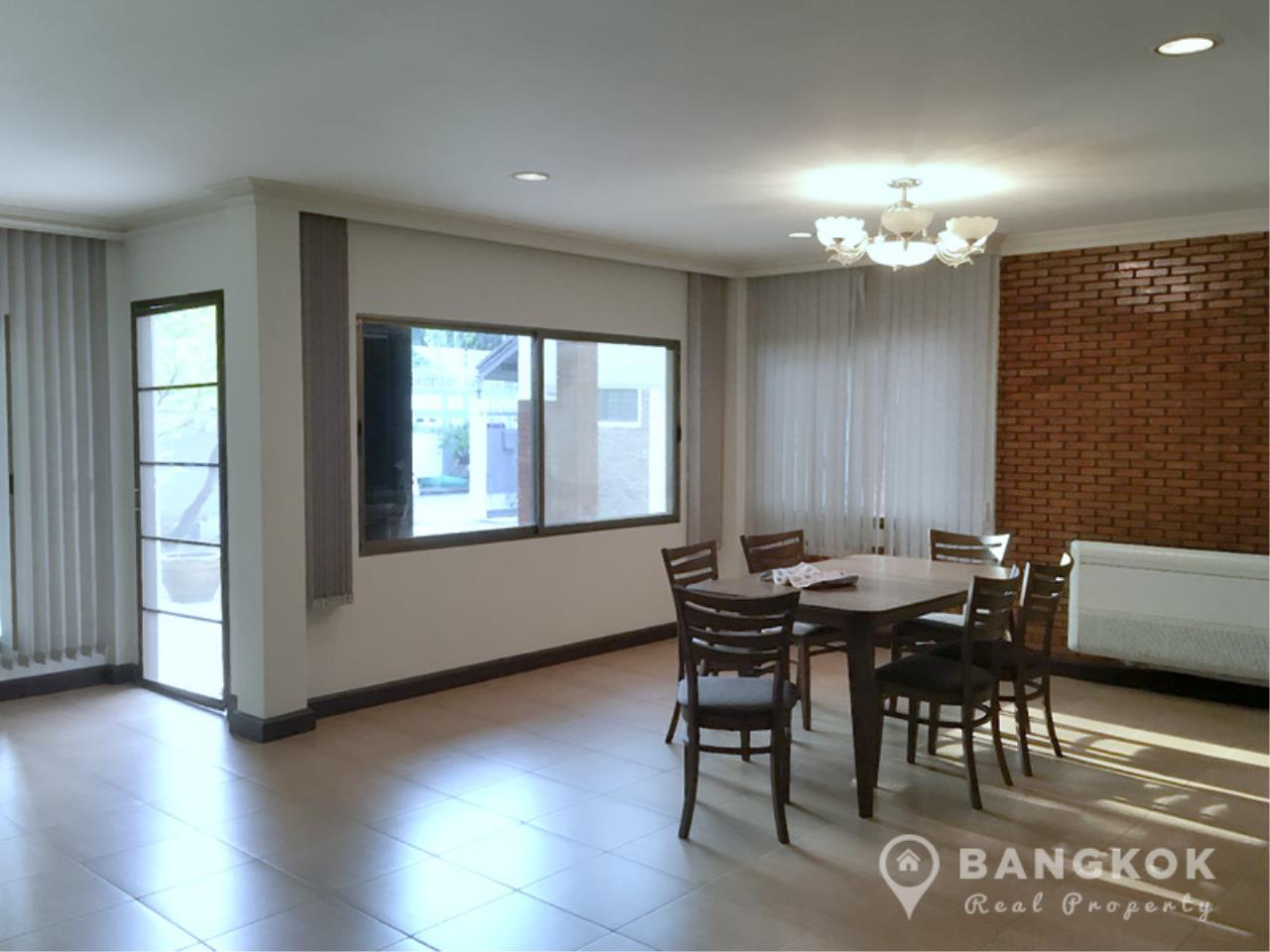 Bangkok Real Property Agency's Detached Spacious 3 Bed 3 Bath house with Garden in Thonglor  4