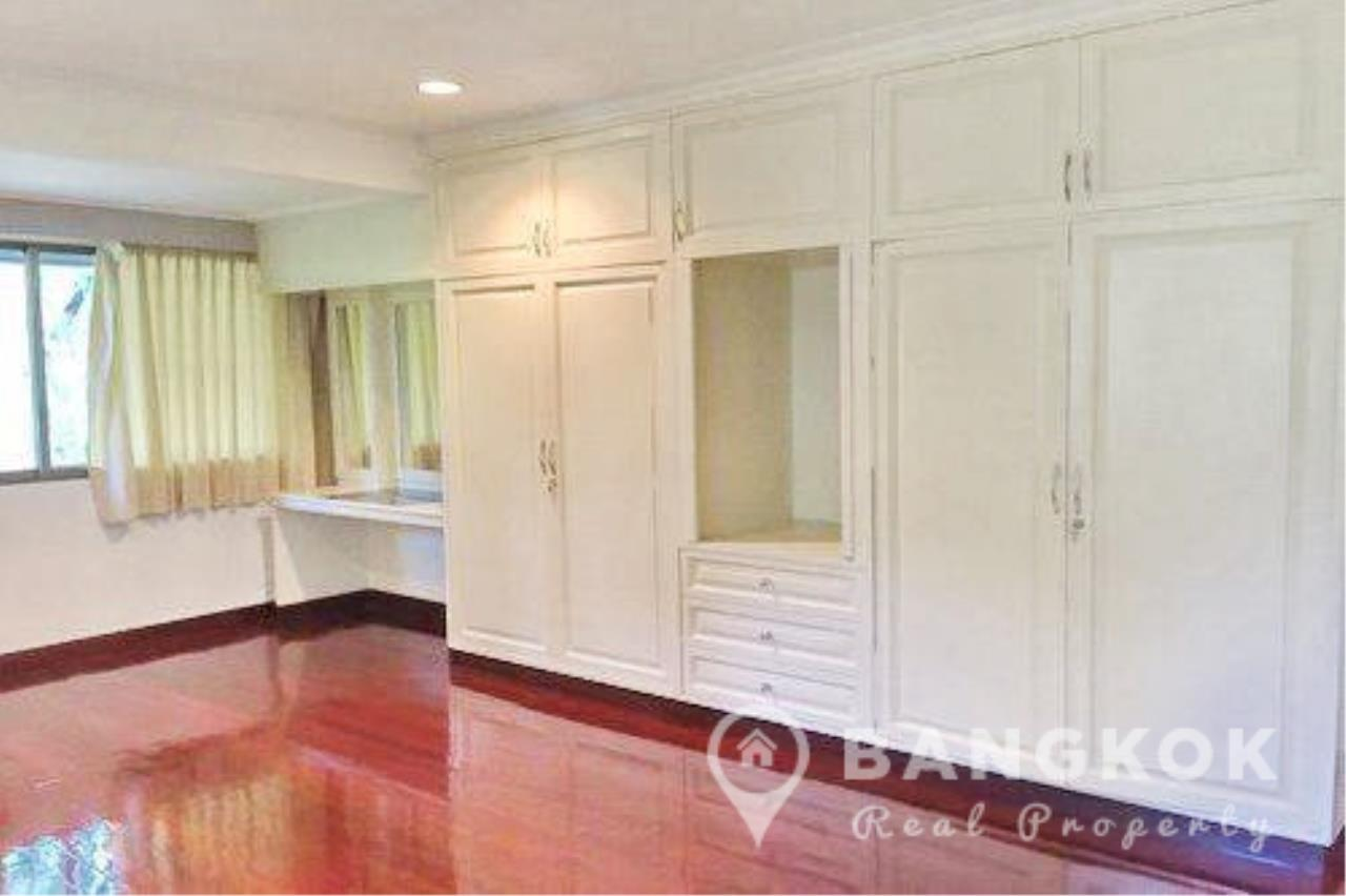 Bangkok Real Property Agency's Detached Spacious 3 Bed 3 Bath house with Garden in Thonglor  8