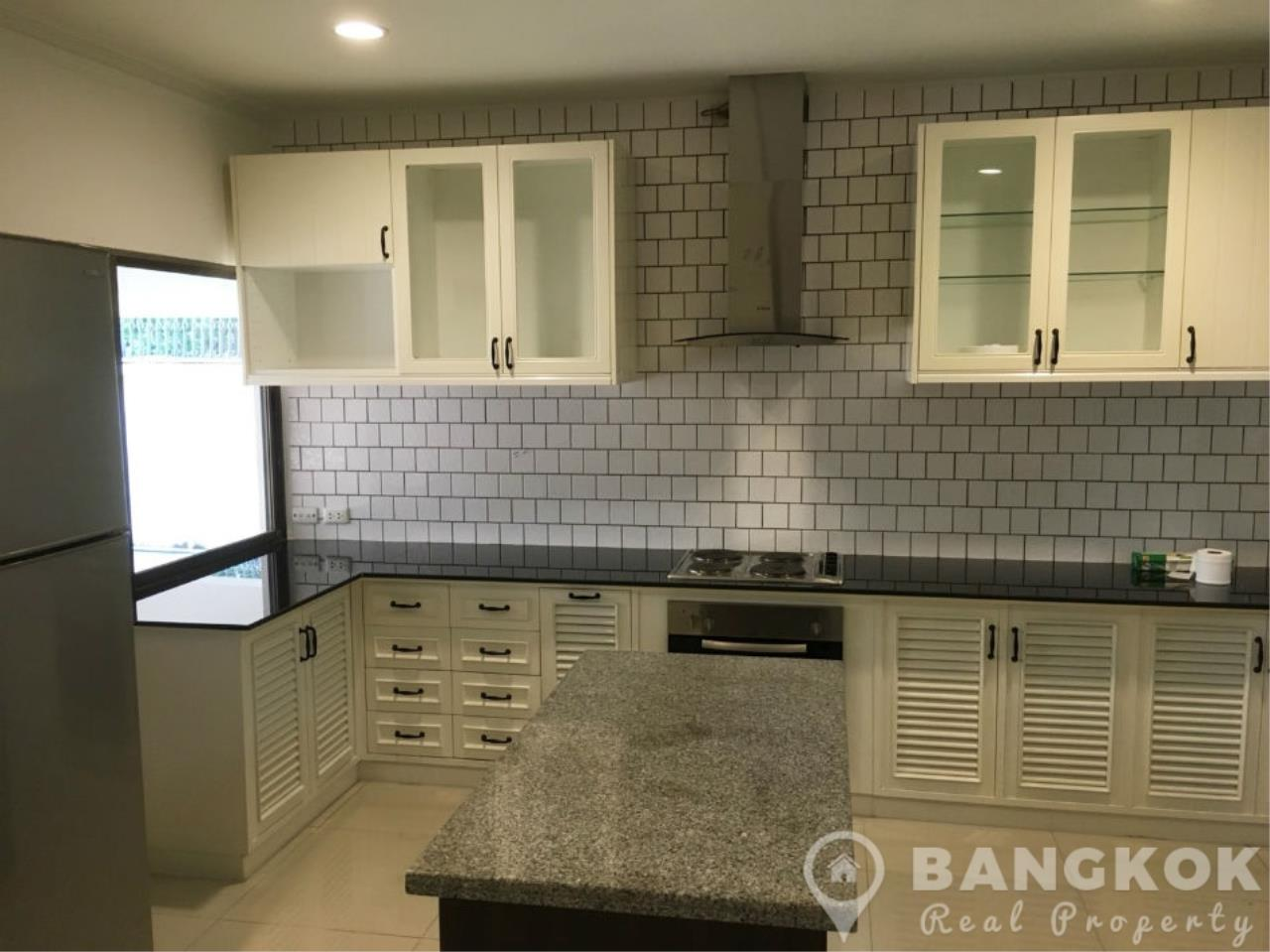 Bangkok Real Property Agency's Spacious 3 Bed 3 Bath Detached Thonglor House  4
