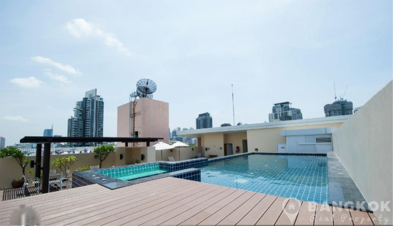 Bangkok Real Property Agency's The Alcove 49 | Spacious High Floor 1 Bed near BTS 2