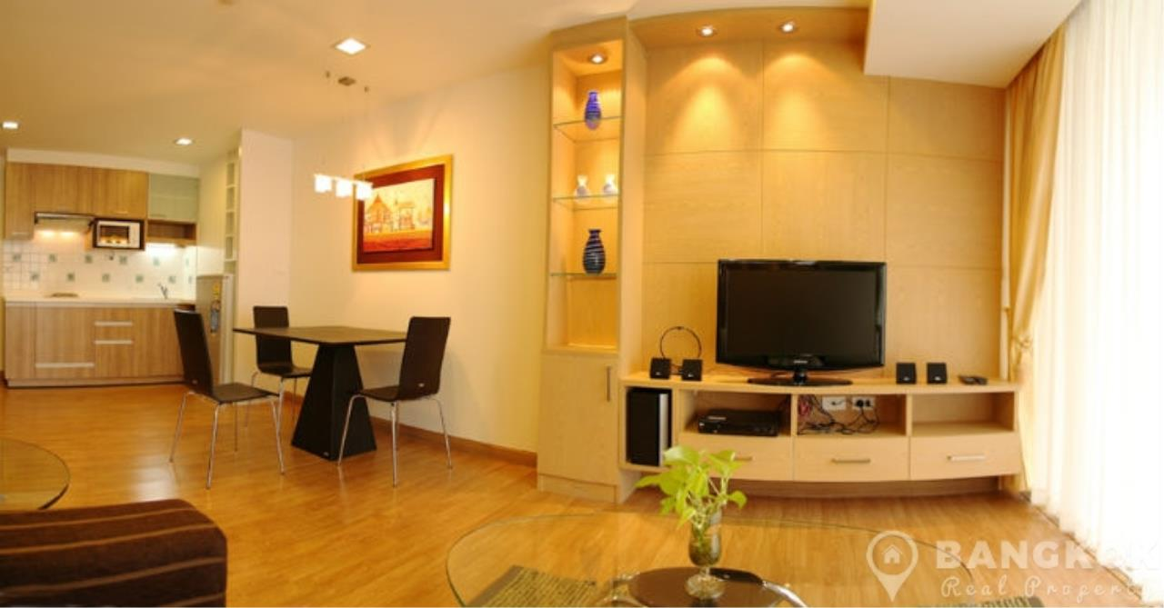 Bangkok Real Property Agency's The Alcove 49 | Spacious High Floor 1 Bed near BTS 6