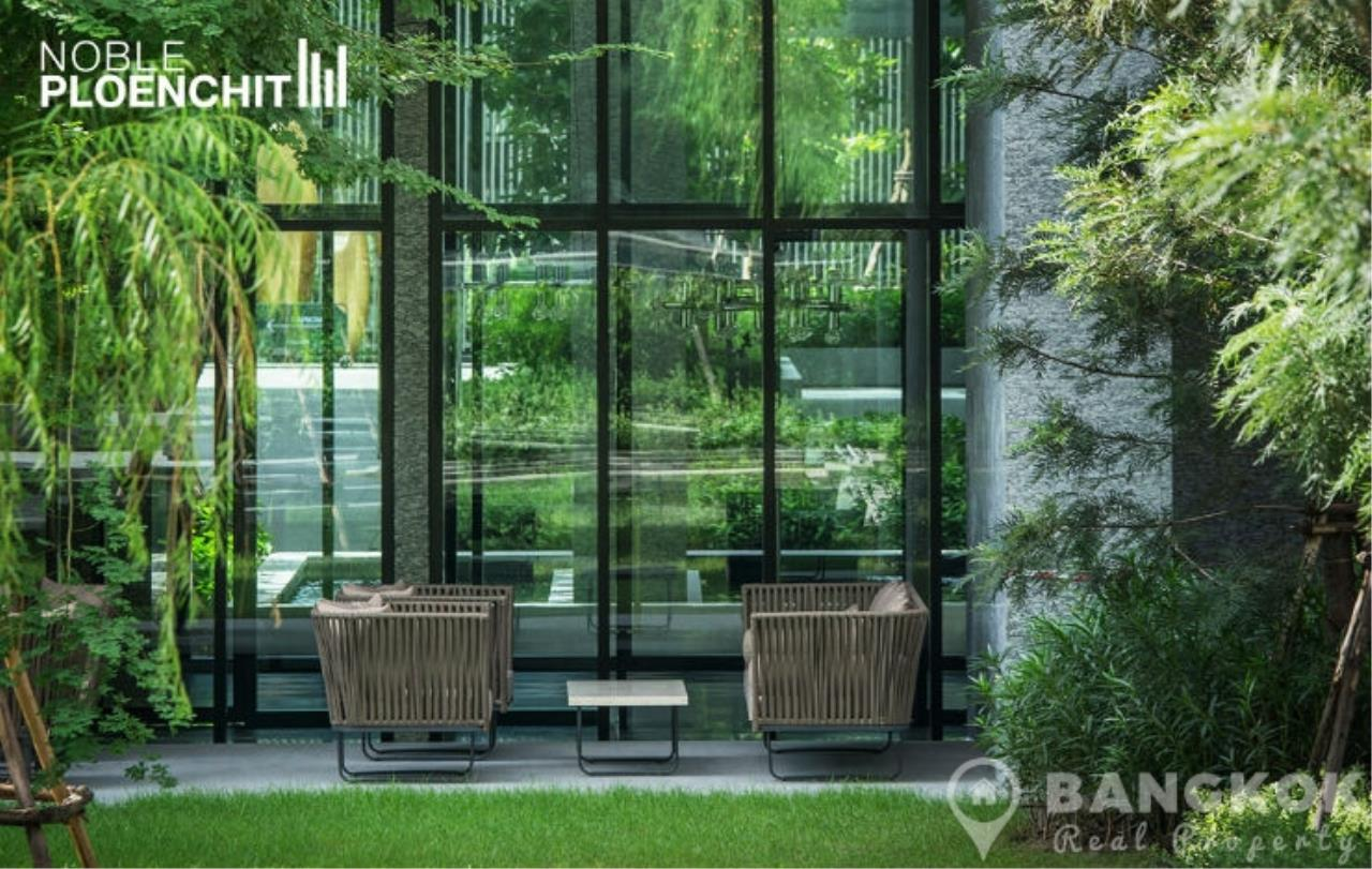 Bangkok Real Property Agency's Noble Ploenchit | Stunning 1st Rental Spacious 1 Bed at BTS 15