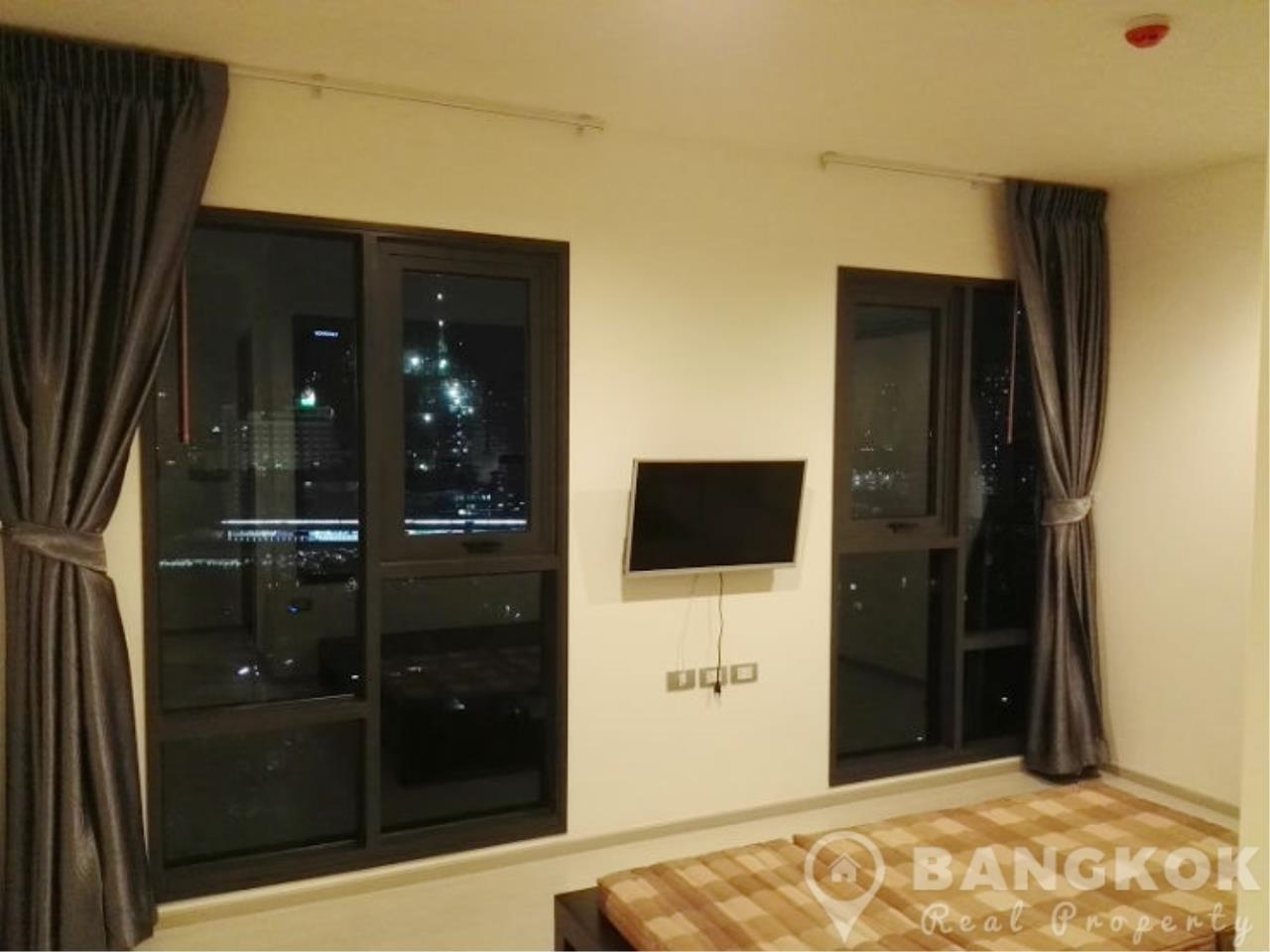 Bangkok Real Property Agency's Rhythm Sukhumvit 36-38 | Brand New Spacious 1 Bed near BTS 3