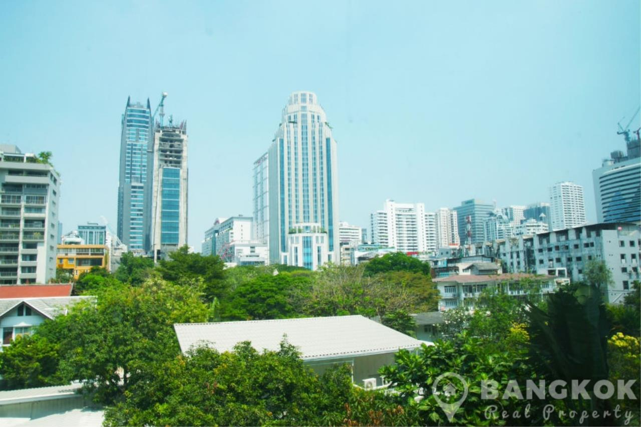 Bangkok Real Property Agency's Baan Siri Sukhumvit 10 | Spacious Modern 1 Bed near Nana BTS 3