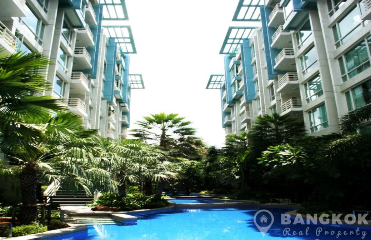 Bangkok Real Property Agency's Baan Siri Sukhumvit 10 | Spacious Modern 1 Bed near Nana BTS 7