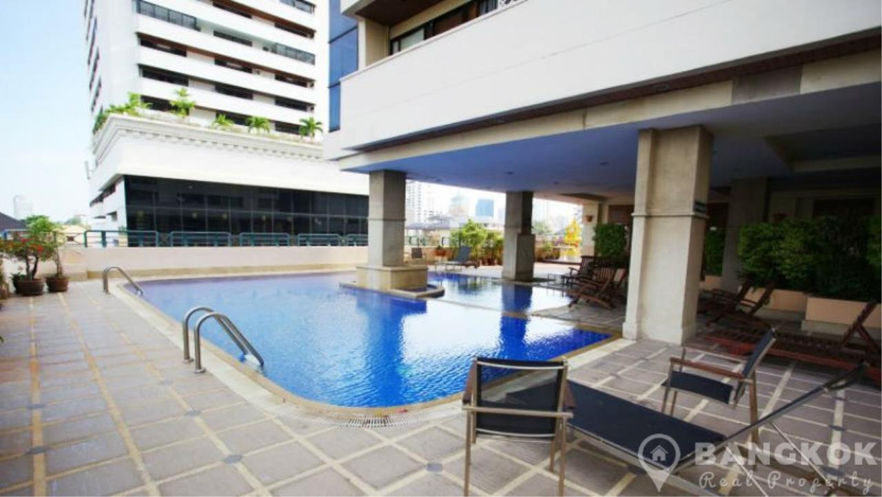 Bangkok Real Property Agency's Casa Viva | Very Spacious 3 Bed 3 Bath Condo in Ekkamai 14