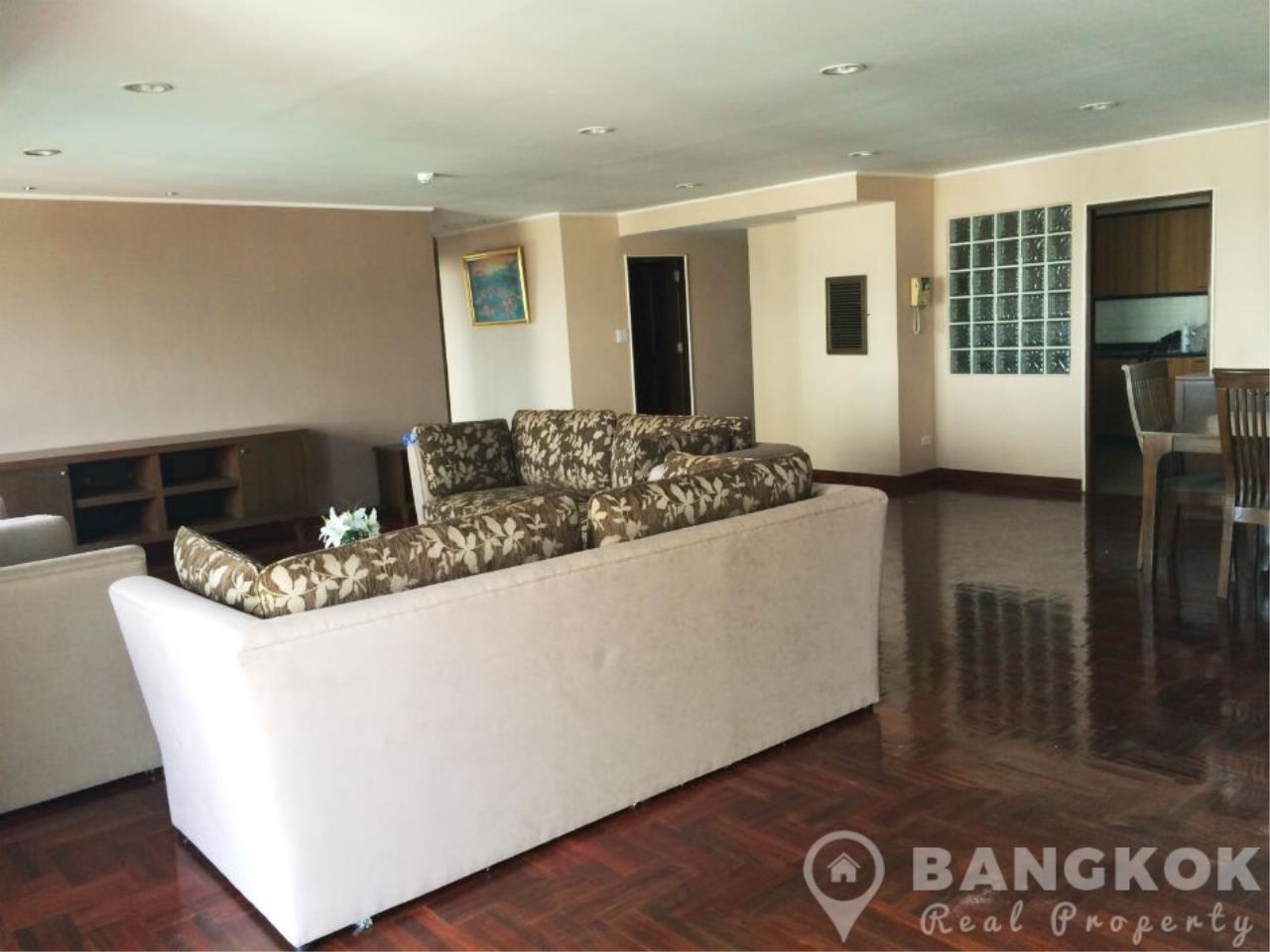 Bangkok Real Property Agency's Casa Viva | Very Spacious 3 Bed 3 Bath Condo in Ekkamai 4