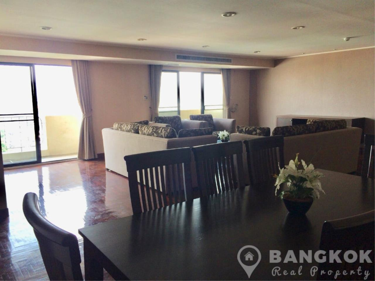 Bangkok Real Property Agency's Casa Viva | Very Spacious 3 Bed 3 Bath Condo in Ekkamai 5
