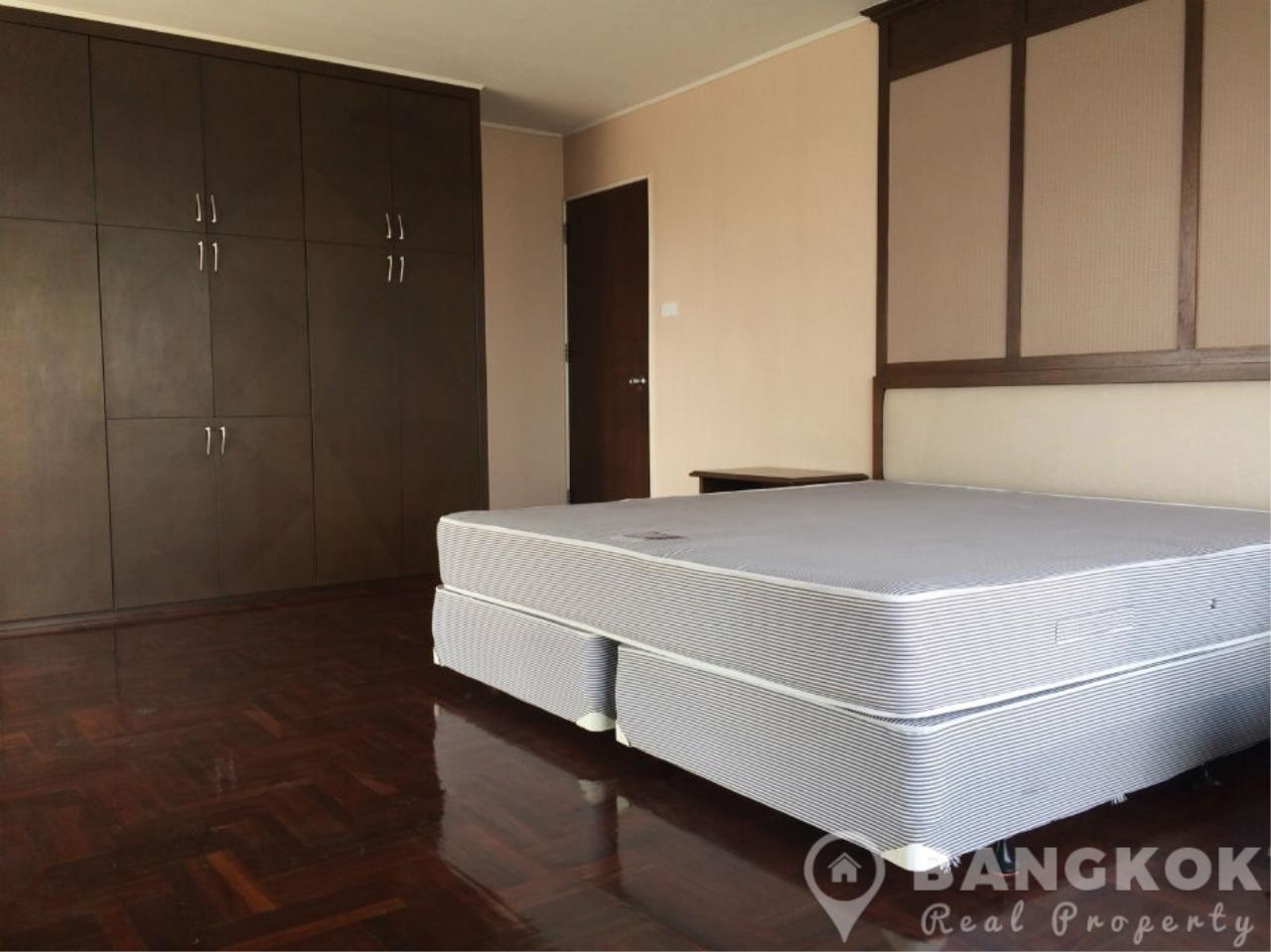 Bangkok Real Property Agency's Casa Viva | Very Spacious 3 Bed 3 Bath Condo in Ekkamai 9