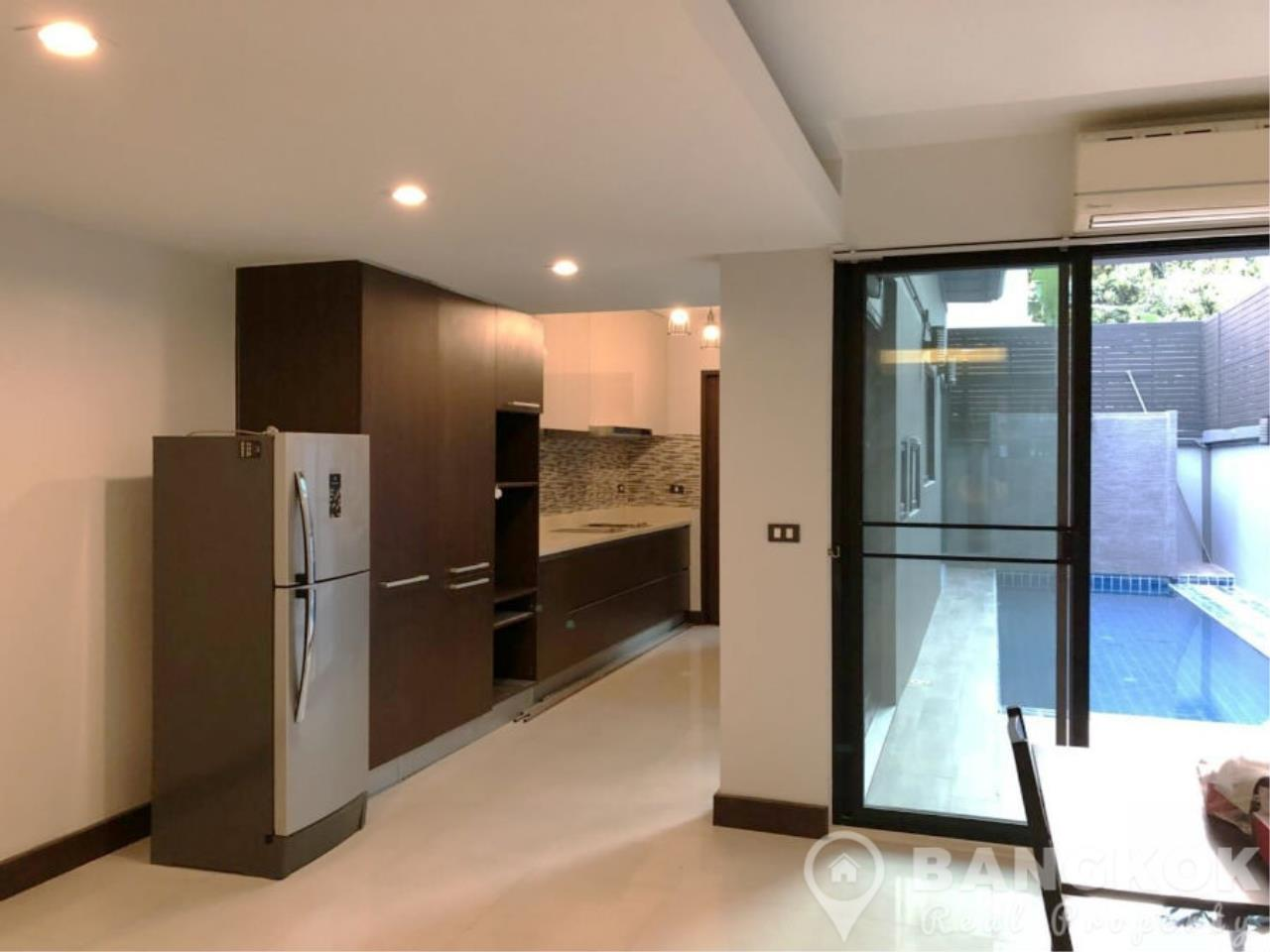 Bangkok Real Property Agency's Modern Detached House in Thonglor 4 Beds with Private Swimming Pool 3