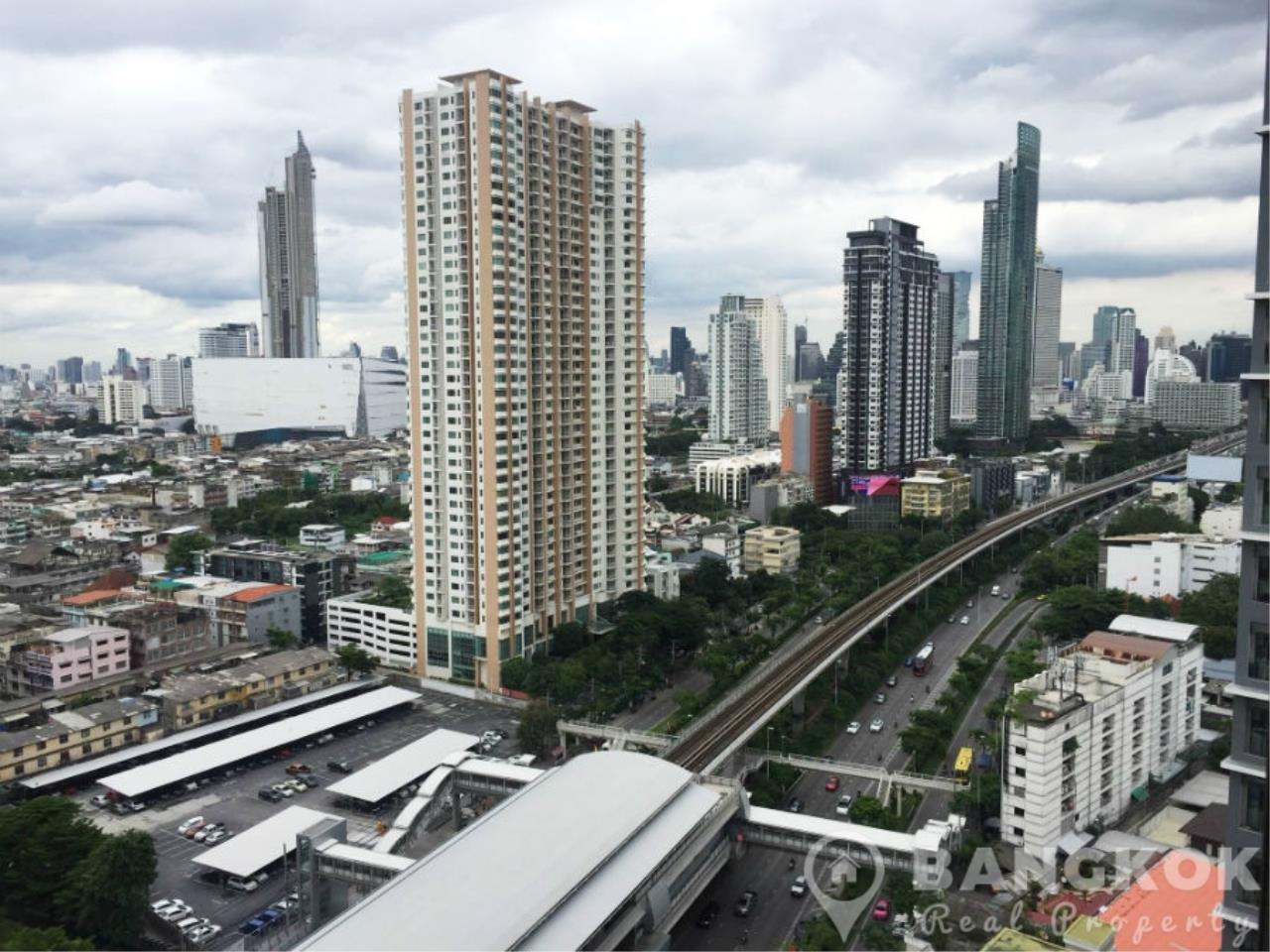 Bangkok Real Property Agency's IDEO Sathorn Taksin | Modern High Floor 1 Bed at BTS 3