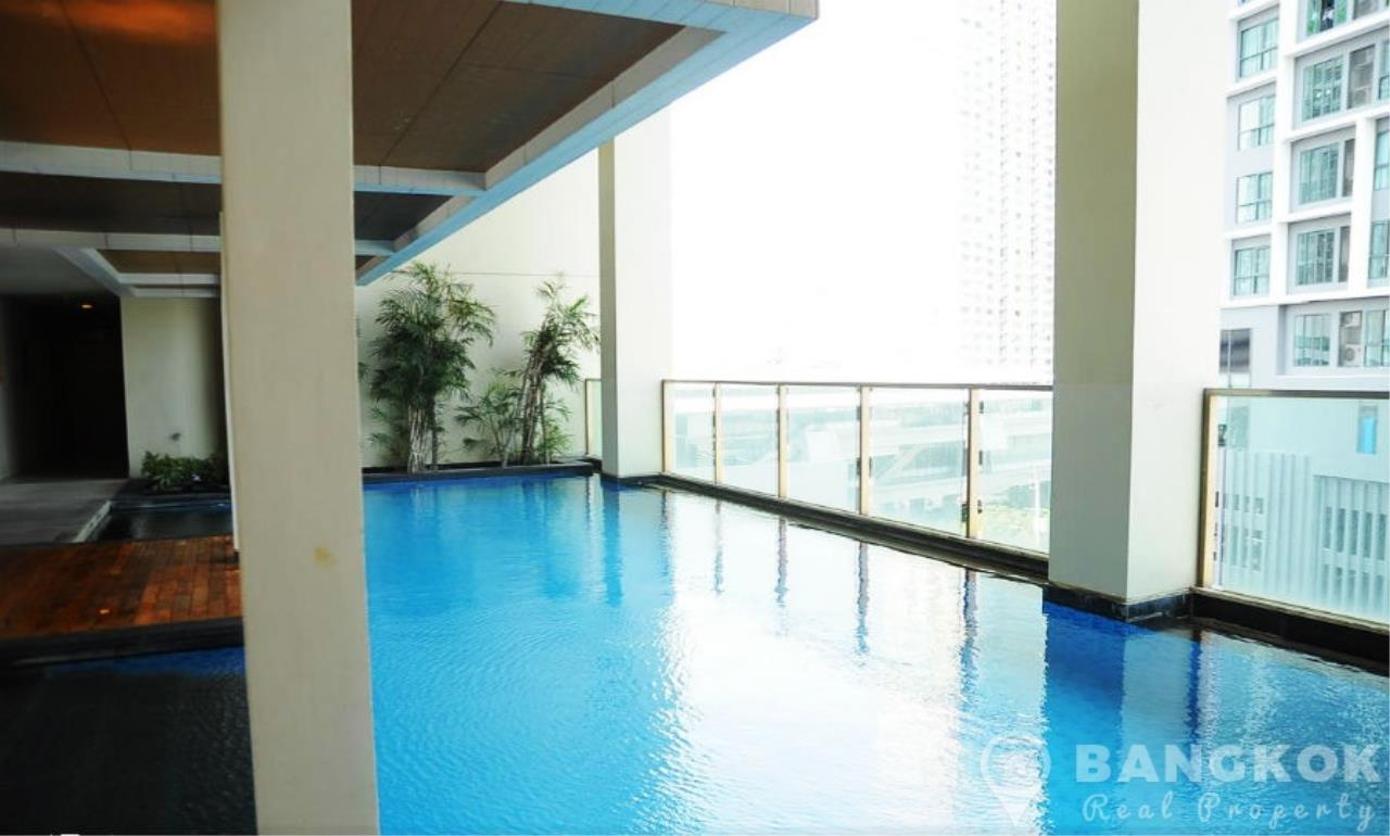 Bangkok Real Property Agency's IDEO Sathorn Taksin | Modern High Floor 1 Bed at BTS 10