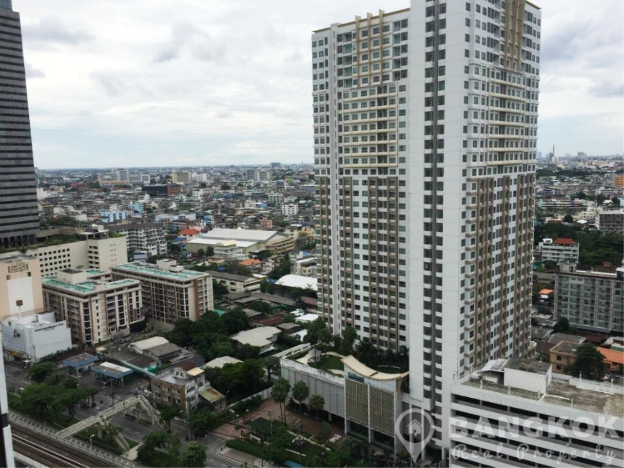 Bangkok Real Property Agency's IDEO Sathorn Taksin | Modern High Floor 1 Bed at BTS 6