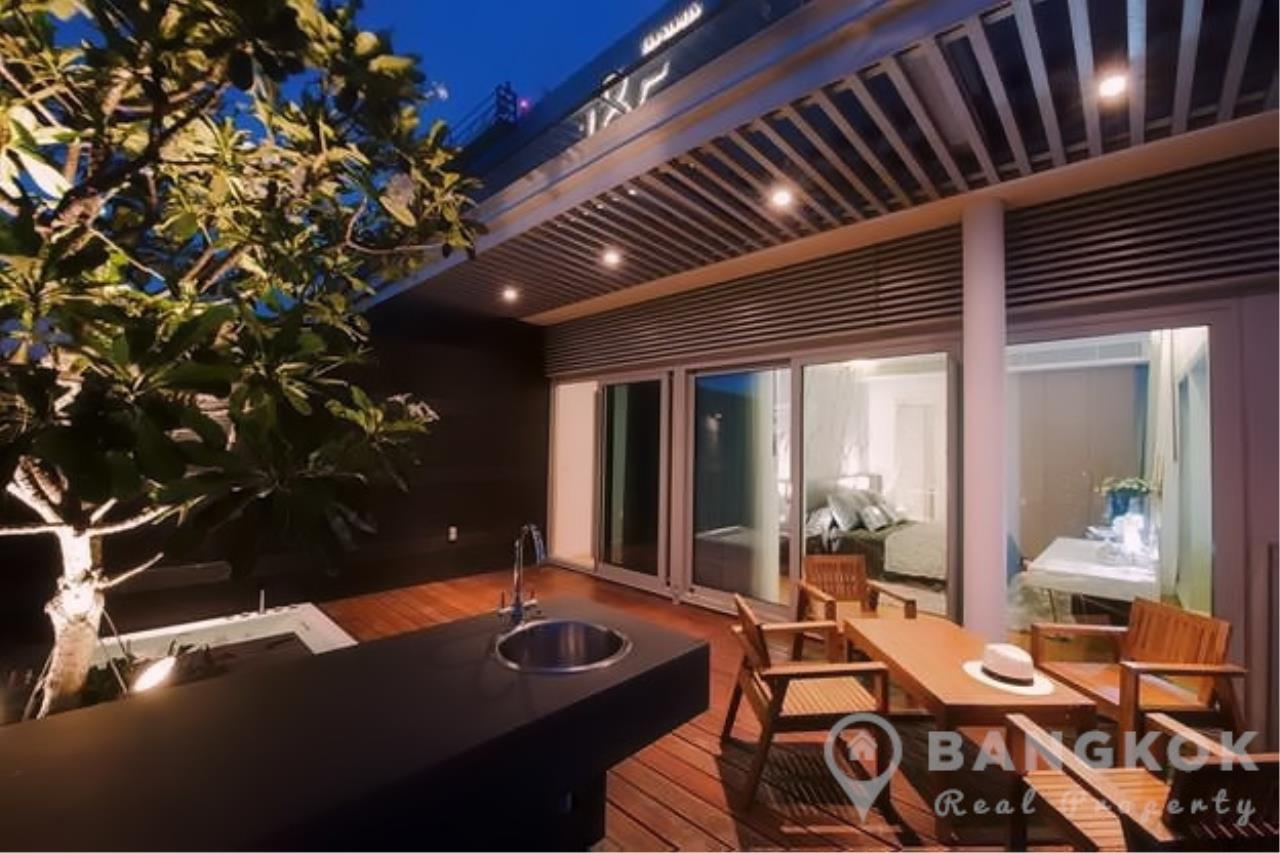 Bangkok Real Property Agency's 185 Rajadamri | Stunning 2 Bed 2 Bath Duplex Penthouse with Huge Private Terrace 8