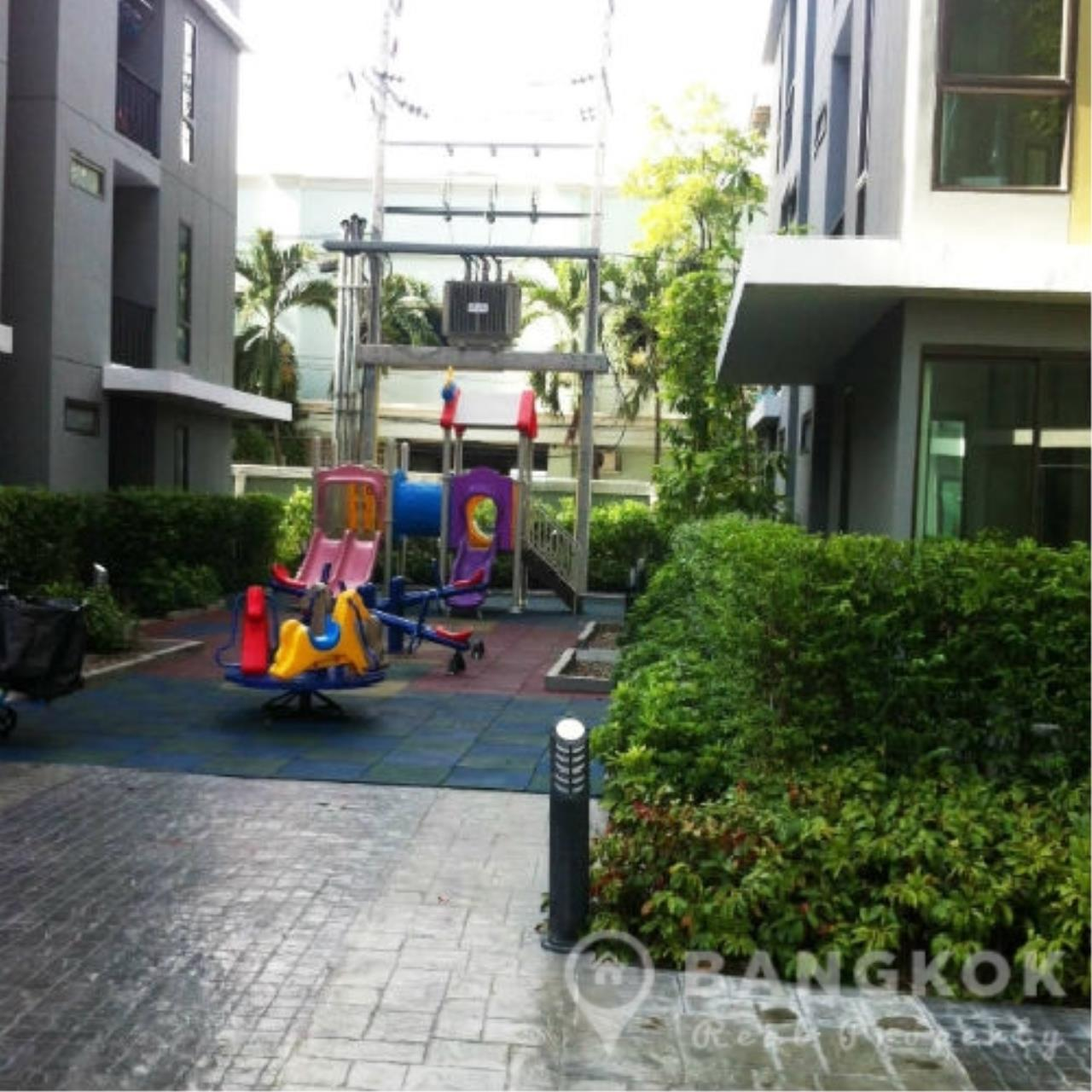 Bangkok Real Property Agency's ICondo Sukhumvit 103 | Modern 1 Bed 1 Bath with Garden View in Udomsuk 8